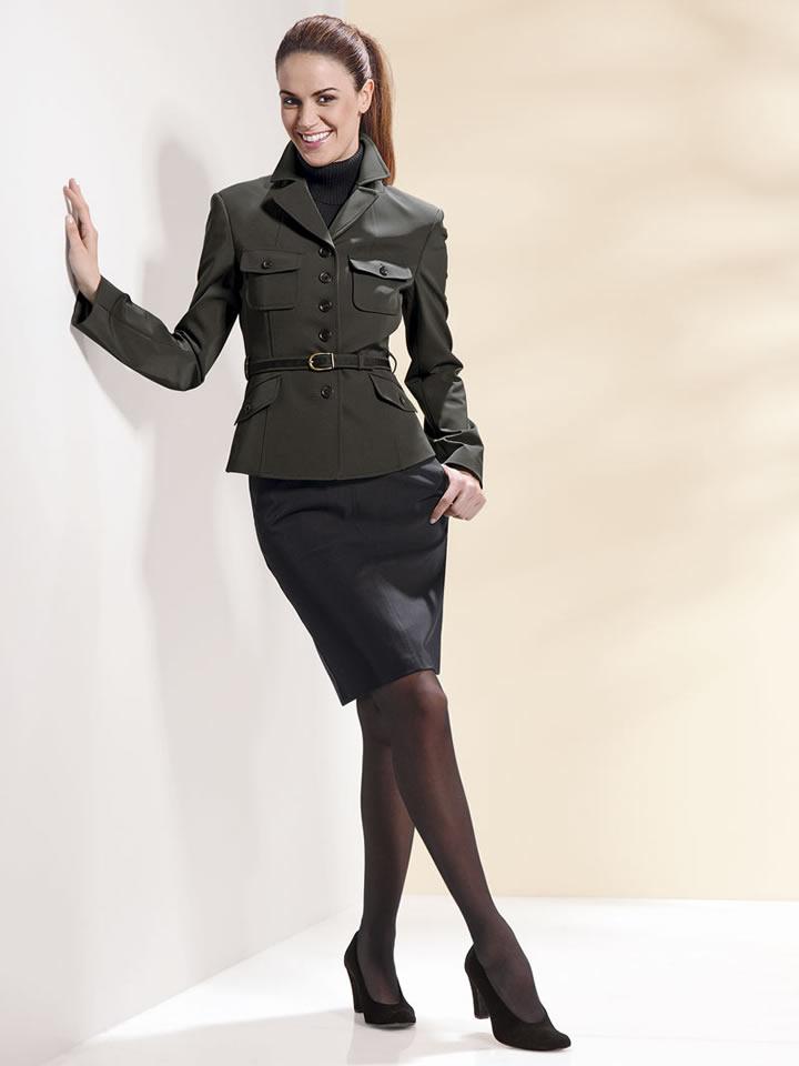 Деловой стиль одежды для женщин. . Женский деловой костюм